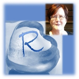 Author Photo - Rue Allyn